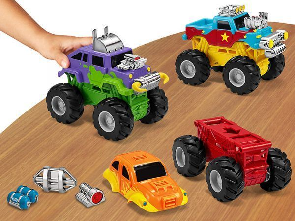 Snap & Design Monster Trucks