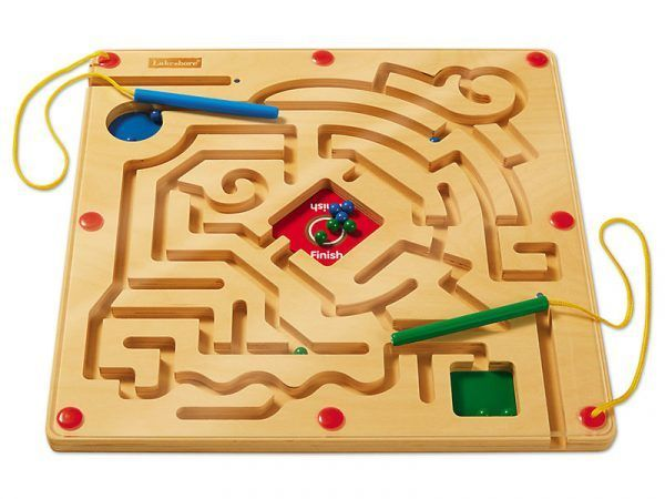 Race to the Finish! Magnetic Maze
